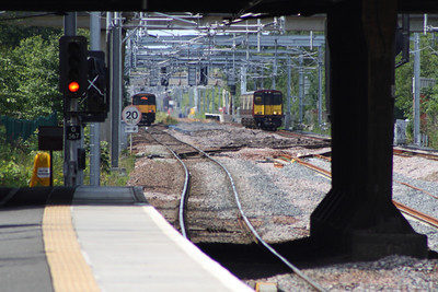 314206 and 318254 passing each other between Hillington East and Cardonald