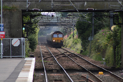 66154 approaching Kilwinning with a loaded coal train bound for Longannet PS on service 6G08