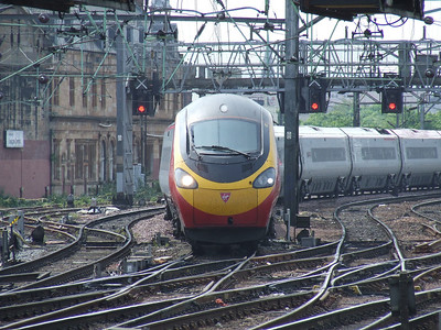 390032 City Of Birmingham arriving with a service from London Euston