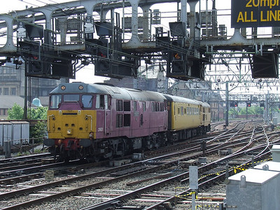 "31601 Gauge ""0"" Guild 1956-2006 with the Network Rail Test Train on approach to Glasgow Central"