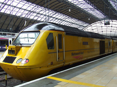 43062 John Armitt at Glasgow Queen Street with the New Measurement Train