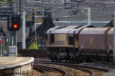 66117 DBS (EWS livery) Paisley Gilmour Street 03/09/2015