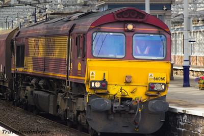 66060 DBS (EWS livery) Paisley Gilmour Street 11/09/2015