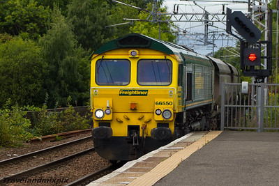 66550 Freightliner Paisley Gilmour Street 04/09/2015
