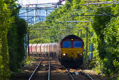 66165 DBS (EWS livery) Paisley Gilmour Street 16/09/2015