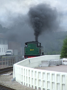The former Wemyss Private Railway 0-6-0T No. 17 Braeriach reversing into P3 at Aviemore to take the coaches