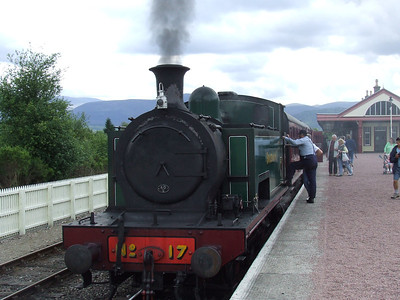 No. 17 getting ready to depart P3 at Aviemore with a Broomhill service