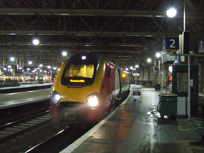 221114 at Glasgow Central waiting to depart on the 0800 service to Birmingham New Street