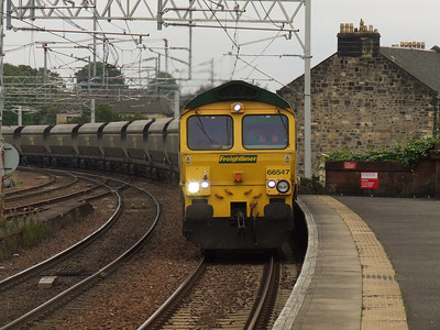 66547 about to pass through Paisely Gilmour Street with empty coal hoppers