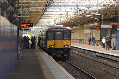 318260 on the 1050 Paisley Gilmour Street to Gourock service
