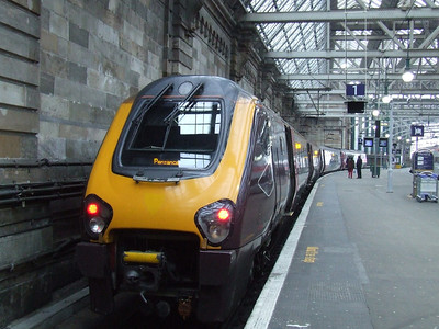 220004 at Platform 1 of Glasgow Central waiting to depart to Penzance on a CrossCountry service