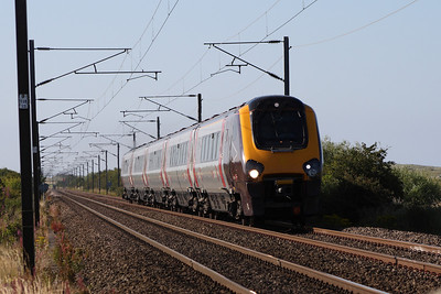 221140 on a Southbound CrossCountry service approaching West Goswick Farm LC