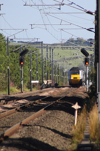 43302 crossing Beal Junction at the head of a North bound East Coast service
