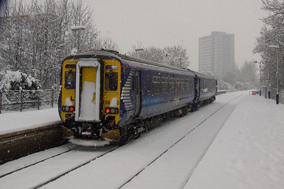 156510 departing Pollokshaws West in heavy snow on a Barrhead service