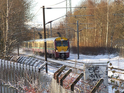 334035 passing the site of Elderslie West Junction at the head of a Glasgow Central service