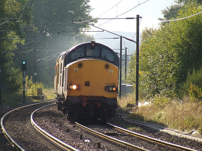 37609 at the head of service 1Q21 approaching Johnstone