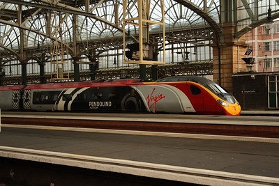390004 Alstom Pendolino at P11 waiting to depart on a working to London Euston