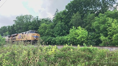 Long UP Manifest Heading To Butler Yard - Railfanning Wisconsin