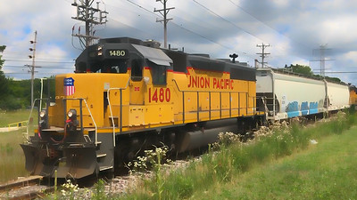 Must See Local Union Pacific Train - Railfanning Southeastern Wisconsin