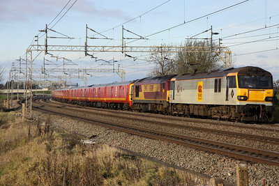 11 December. 92007 Schubert leads failed 67019 + mail units 325013 + 325007 + 325005 past Chelmscote with the 1Z11 Shieldmuir RMT - Willesden additional Christmas mail.