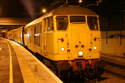 18 January. Skinhead 31105 sits at Milton Keynes on test train duty before heading back to London.