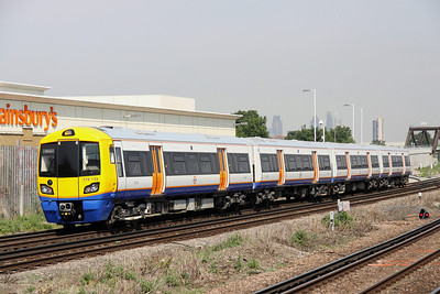 5 June. 378138 leaves New Cross Gate working the 1022 West Croydon - Dalston Junction.