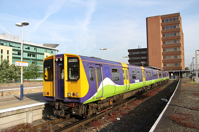 5 June. 313122 stands at Watford Junction on the 0721 to Euston.