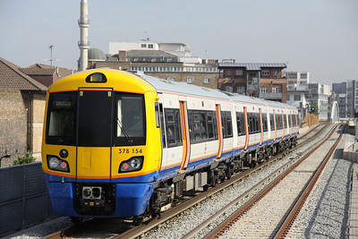 5 June. 378154 departs Hoxton with the 0822 West Croydon - Dalston Junction.