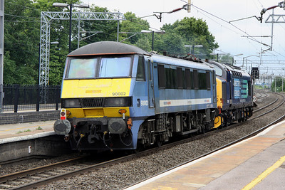 18 June. 37682 hauls 90002 through Wolverton as the 0M90 0905 Norwich Crown Point - Crewe IEMD move.