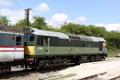 15 May. Class 25, D7629 on the back of the 1200 Ruddington - Loughborough at Rushcliffe Halt.