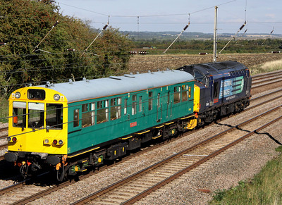 9 September. 37409 Lord Hinton in the company of former SR inspection saloon 975025 CAROLINE passing Millbrook Bridge working the 5Z01 Ealing Broadway - Derby RTC.