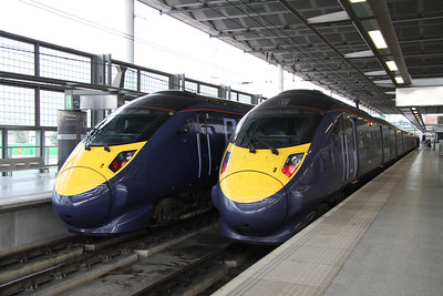 4 September. Javelin 395010 is seen stabled between duties at St. Pancras International whilst on the right 395006 Daley Thompson is working the 1742 to Margate.