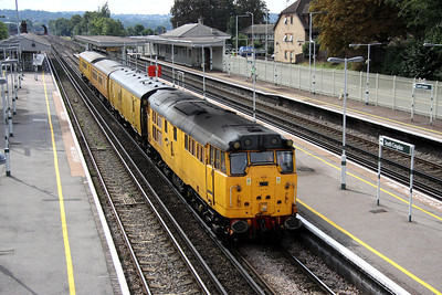4 September. 31602 DRIVER DAVE GREEN heads through South Croydon working the 3Z67 Dollands Moor - Derby RTC test train.