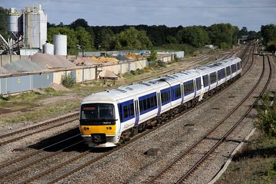 12 September. 165014 + 165036 approach Banbury working the 0940 Birmingham Snow Hill - Marylebone.