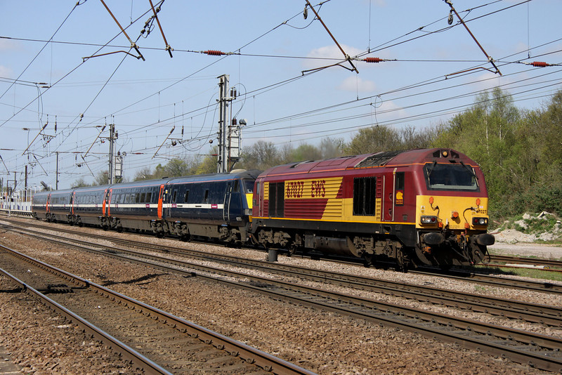 9 April. 6E01 the 1035 Loughborough Brush - Bounds Green stock move is seen at Hitchin behind 67027 Rising Star.