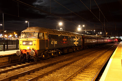 13 August. With the moon illuminating the night-time sky, 47580 County of Essex is seen at Northampton on the rear of The Lakelander, the 1Z43 1620 Ravenglass - Northampton. 47760 was the leading loco on the other end but 47580 will lead away from Northampton working as the 5Z44 2233 Northampton - Coventry Yard ECS.
