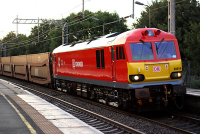17 August. Recently released from Toton in DBS livery, 92016 is caught passing Wolverton in rapidly fading light with the 6L48 1631 Garston - Dagenham.
