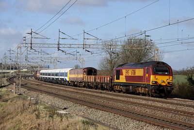 12 February. 67016 hauls South Eastern unit 465044 past Chelmscote as the 6Z05 1147 Wolverton Works - Wembley.