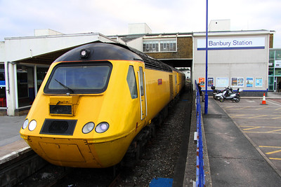 28 January. The New Measurement Train stands at Banbury working the 1Z21 FO-Q 1330 Paddington - Derby RTC headed by 43062 John Armitt.