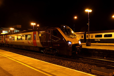 28 January. With a Blue/grey Mark 3 in the background, 220014 sits at Banbury with the 1747 Southampton Central - York.