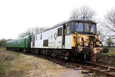 5 March. Long lost 73130, a former EPS loco can now be found at the former Finmere station in Oxfordshire. As can be seen, she still carries couplers from her time in use at North Pole Eurostar depot.