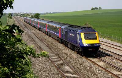 4 May. The former Bristol-Bordeaux, 43174 heads past Cholsey Manor Farm heading for Paddington.
