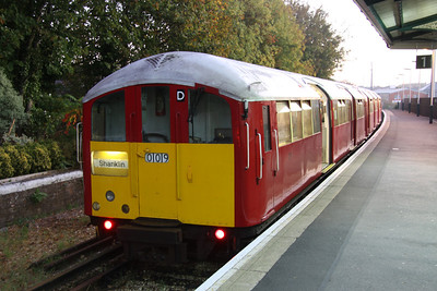 16 October. End of the line. 483009 at Shanklin with the 0649 ex Ryde Pier Head.