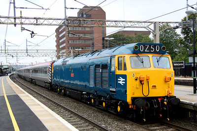 3 September. A proper train on the WCML. 50044 Exeter stands at Watford Junction with The Snowdon Ranger, the 1Z50 0812 Euston - Holyhead utilising the Pretendolino vehicles.