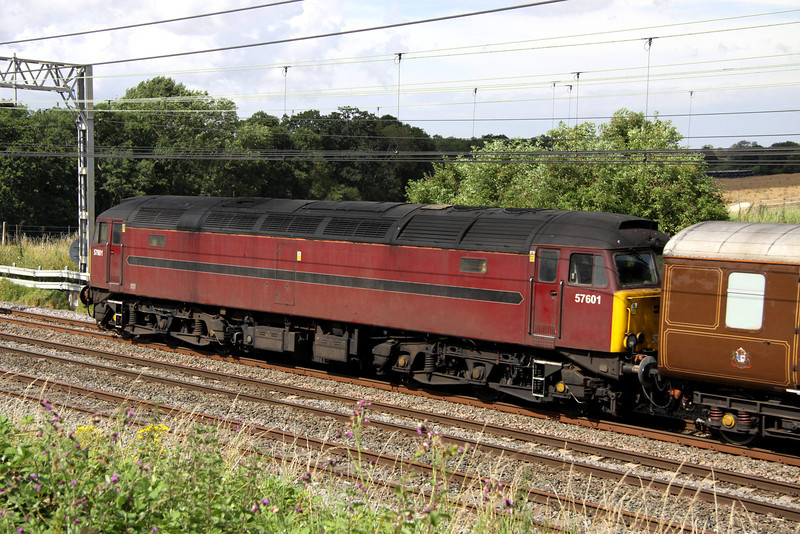 3 August. Tatty non standard liveried 57601, the former 47825 was on the rear of 5Z39 as she passed Castlethorpe.