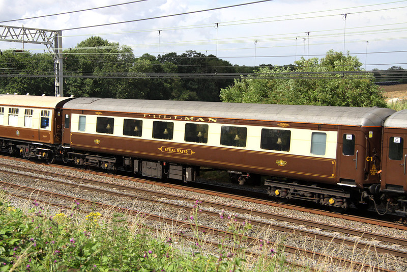 3 August. Mark 2 Pullman Open First vehicle 550 RYDAL WATER passing Castlethorpe. This is a former Manchester Pullman vehicle.