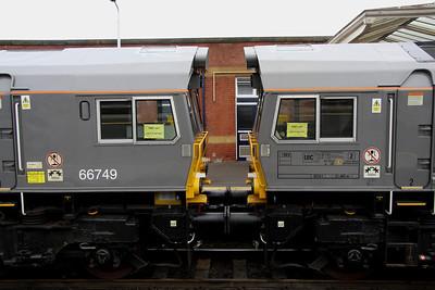 21 December. Grey sisters 66748 + 66747 at Kettering.