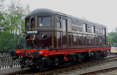 2 June. London Transport loco 12 SARAH SIDDONS complete with Aylesbury destination plate.