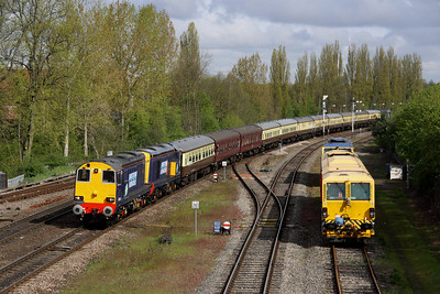 5 May. Bullied up duo 20312 + 20308 lead the Hampshire Hotchpotch, the 1Z61 0623 Crewe - Eastleigh Works into Banbury with 37409 Lord Hinton on the rear.