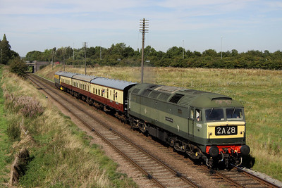8 September. D1705 SPARROWHAWK passes Woodthorpe leading the 2A28 1415 Loughborough - Leicester North service with Crompton 33002 on the back.